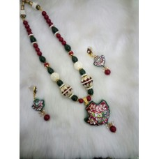 Red Green Alloy Necklace