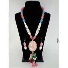 Classique Designer Pink Blue Alloy Jewel Set