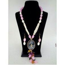 Classique Designer Pink White Alloy Jewel Set